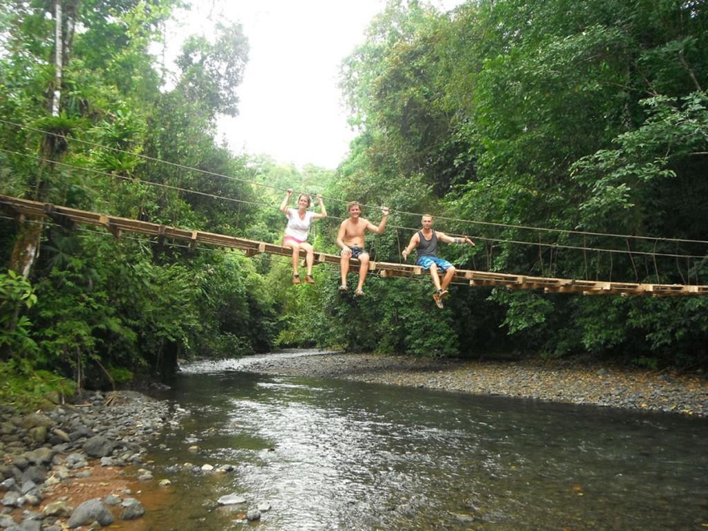 PavonesCR.com - Tubing in Pavones
